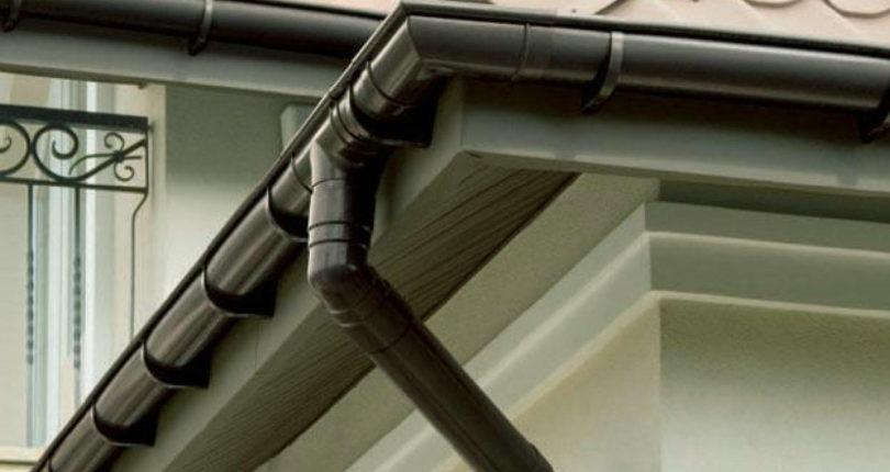 Монтаж водосточной системы частного дома