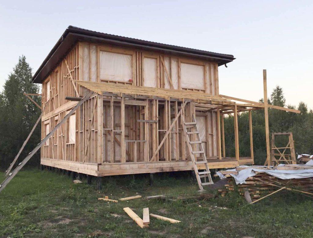 Каркасные дома относятся к типу легких построек