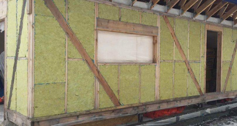 Утепление каркасного дома – от пола до крыши
