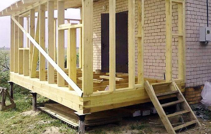 Свайно-винтовой фундамент для постройки веранды