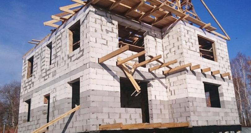 Свайно-винтовой фундамент под дом из пеноблока