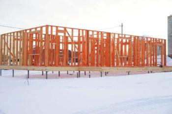 Строительство каркасного дома в зимний период